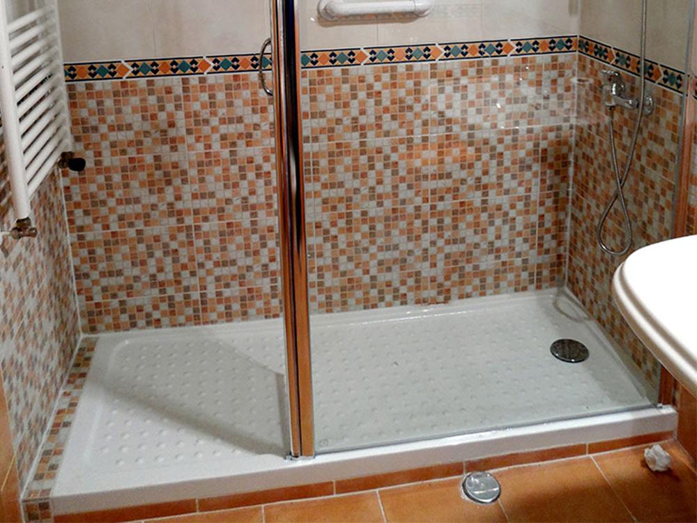 Mampara de cristal recto para duchas