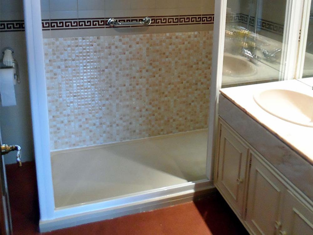 Suelo antideslizante para ducha